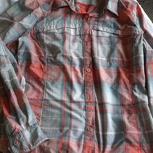Columbia omni shade shirt